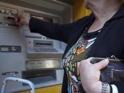 La Policia Local de Vilanova promou una campanya de prevenció de furts a la gent gran. Ajuntament de Vilanova