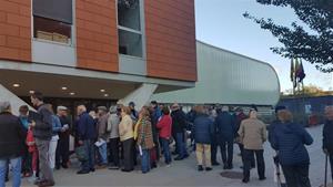 Llargues cues als jutjats de Vilanova i Vilafranca per les crides a l'autoinculpació d'Òmnium