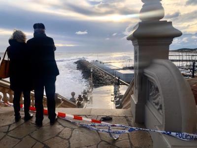 Alerta pel temporal marítim a Sitges. EIX