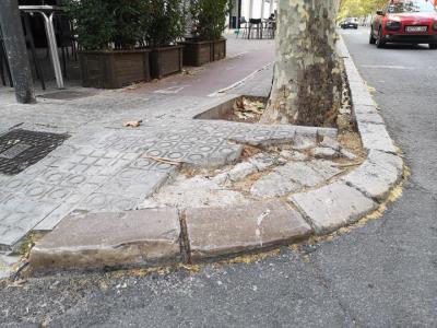 L'Ajuntament de Vilanova començarà a reparar els carrers més malmesos al novembre. Jordi Lleó