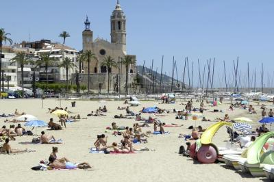 19 platges del Penedès i Garraf reben el distintiu de qualitat Bandera Blava. Ajuntament de Sitges