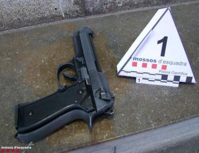 A presó un lladre que acumulava vuit robatoris violents en establiments del Baix Penedès l'últim mes. Mossos d'Esquadra