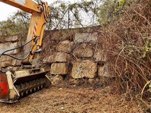 Comencen els treballs de desbrossament dels torrents de Vilanova per evitar inundacions en cas de tempestes