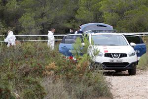 El cadàver localitzat en un cotxe calcinat entre el Vendrell i Albinyana es trobava dins del maleter