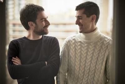 El violinista francès Naaman Sluchin i el pianista navarrès Eloy Orzaiz presenten l'àlbum 'Miralls-Reflets'. ACN