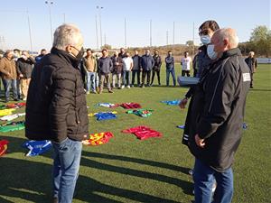 Els clubs de futbol del Penedès i el Garraf reten un homenatge al delegat de la FCF, Manel Duran