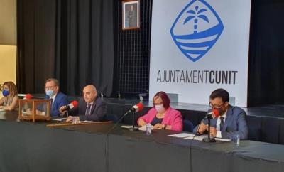 Jaume Casañas pren el relleu de Dolors Carreras i es converteix en el nou alcalde de Cunit  . Ajuntament de Cunit