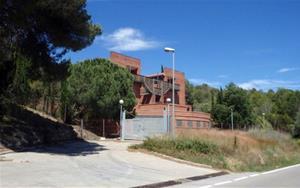 La Guàrdia Civil posa a la venda les casernes de Sant Quintí i Vilafranca