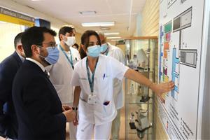 Pere Aragonès i Josep Maria Argimon visiten l'hospital comarcal de l'Alt Penedès per conéixer el full de ruta del Consorci