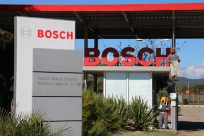 El govern espanyol afirma que la negociació amb Brussel·les per a la fàbrica de bateries va