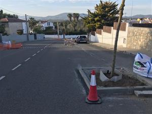 Queixes dels veïns de l'avinguda Montseny de Sant Pere de Ribes pel nou carril bici