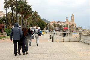 Sitges comença a recuperar el turisme en el primer cap de setmana sense confinament comarcal