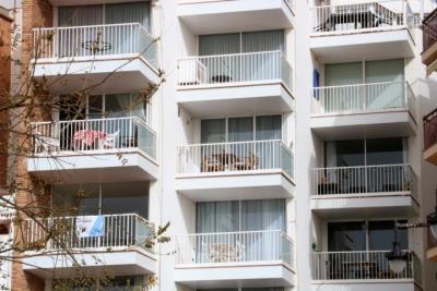 Sitges enllesteix l'ordenança per regular els habitatges turístics i