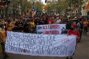 Una pancarta reivindicativa durant la manifestació dels CDR per la Diada, l'11 de setembre del 2021 a Barcelona