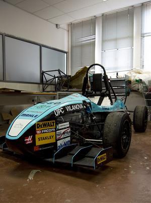 Vilanova Fórmula Team es un equipo de estudiantes formados en diferentes ramas de la ingeniería interesados en las competiciones de motor