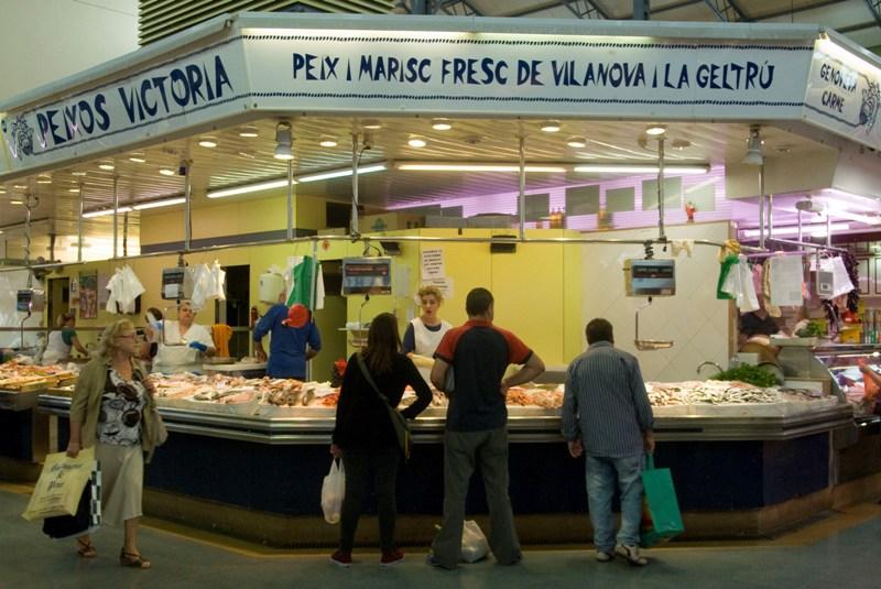 PEIXOS VICTÒRIA - Mercat del Centre - Vilanova i la Geltrú. Eix Guia