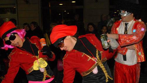 Vilafranca del Penedès i El Vendrell prohibeix el consum d'alcohol a les desfilades de carnaval