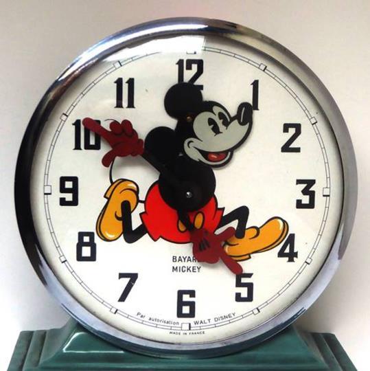 La Comissió Europea proposarà abolir el canvi d'hora a la Unió Europea i mantenir l'horari d'estiu.